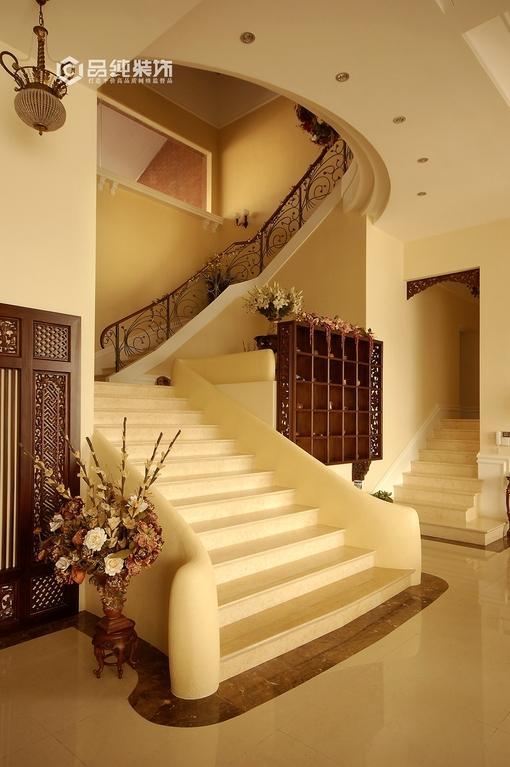 小别墅客厅楼梯效果图图片 别墅楼梯装修效果图,别墅楼梯效