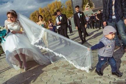 不给红包,你休想好好结婚!