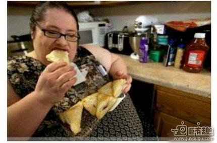 先吃饱再减肥
